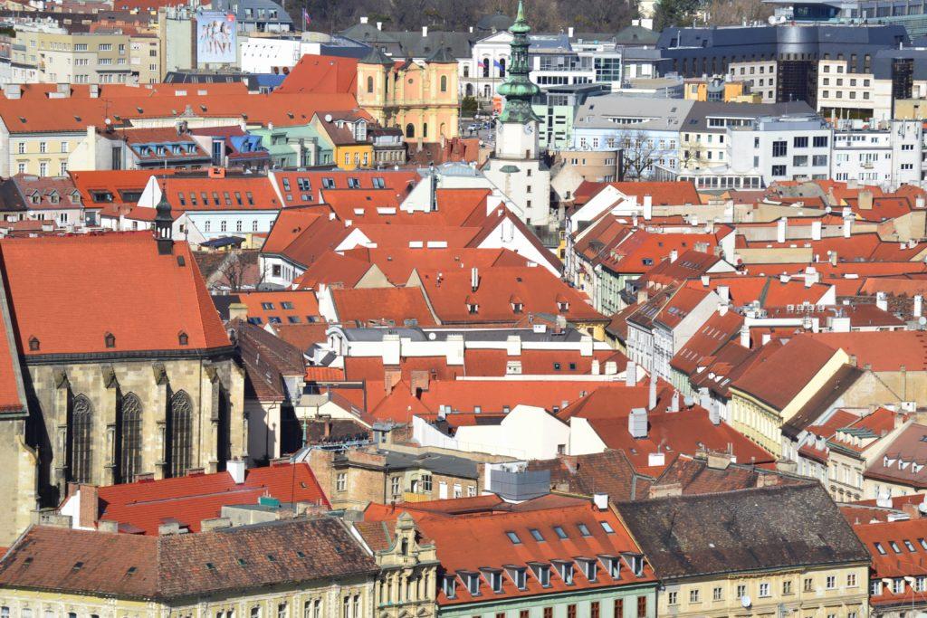 Výhľad z vyhliadky na Bratislavskom Ufe